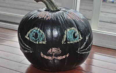 chalkboard painted pumpkin