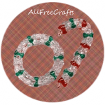 beaded mini wreath and candy cane