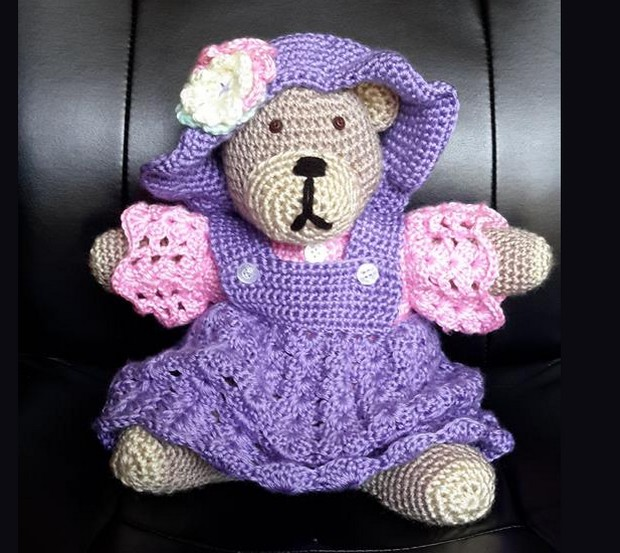 crocheted teddy bear by Teresa McCullough