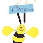bee door sign