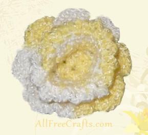 crocheted daffodil flower