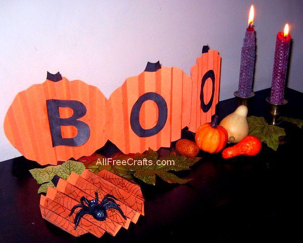 construction paper pumpkin pattern fan fold pumpkins - Halloween Crafts Construction Paper